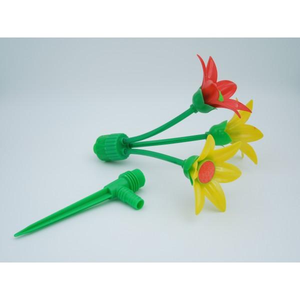 Aspersor tip floare cu 3 brate